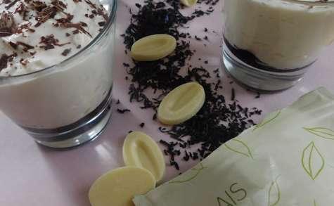 Mousse au thé Forêt Noire, chocolat blanc et cerises