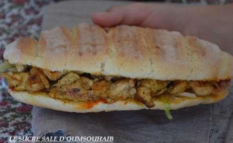 Sandwich marocain au poulet