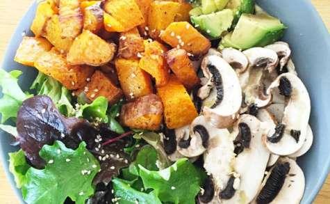Courge et patate douce rôties et leurs crudités