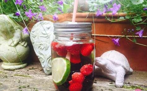 Detox water : l'eau vitaminée