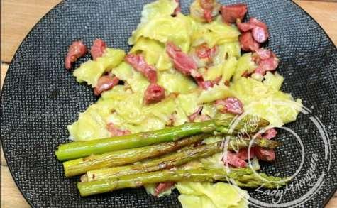 Ravioles aux gésiers et asperges vertes