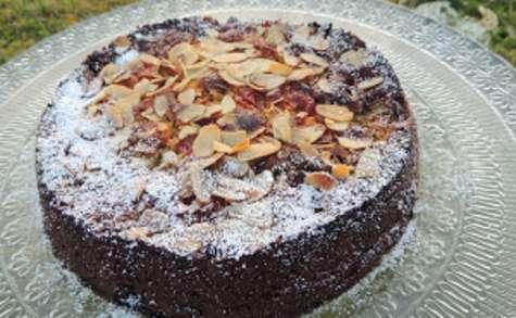 Gâteau gourmand à l'amande rhubarbe et cerises