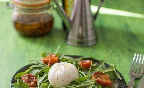 Salade roquette, tomates séchées, burrata