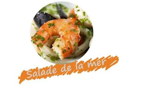 Salade aux fruits de mer moules, calmars, crevettes, pétoncles
