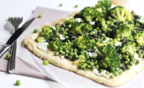 Pizza verte aux épinards, petits pois et brocoli