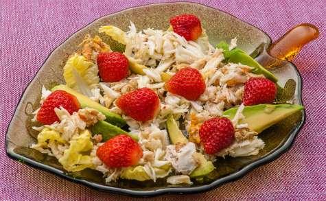 Salade d'araignée à l'avocat et aux fraises