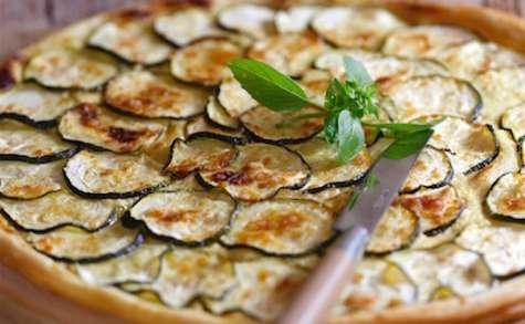 Tarte fine aux courgettes mozza basilic