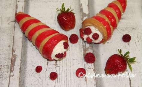 Cornet chenille aux fruits rouges