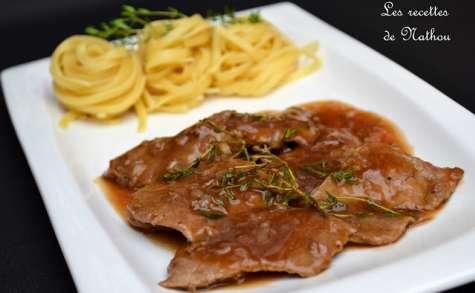 Escalopes de veau, sauce au Marsala, échalote et thym