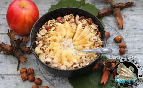 Flocons crémeux sans cuisson pomme cannelle noisettes