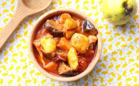 Coings mijotés avec des aubergines et des patates douces