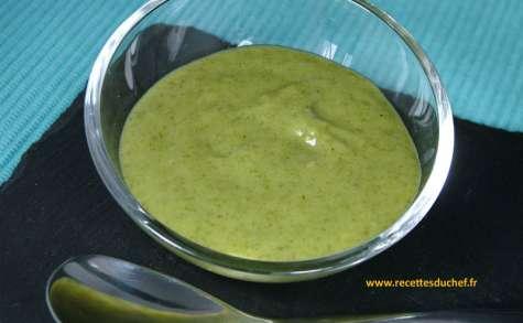 Fanes de radis huile infusée au curry