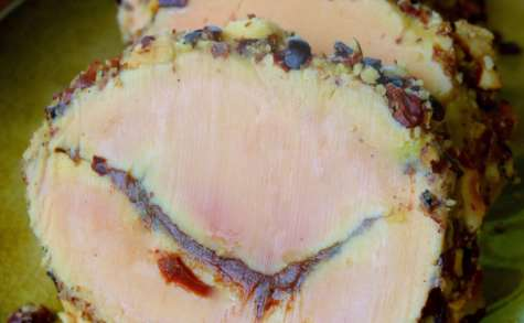 Terrine de foie gras gourmande: vanille, praliné et noisettes