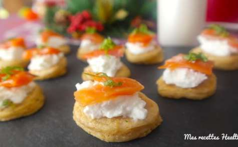 Blinis de truite fumée et chèvre frais