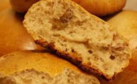 Pain au lait sans gluten aux noix