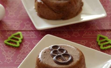 Mousses chocolatées coeur meringues