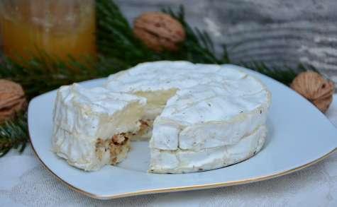 Camembert farci aux noix