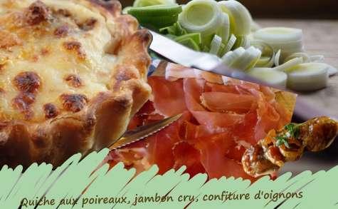 Tarte au poireaux, jambon cru et sa confiture d'oignons