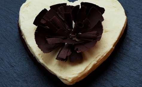 Gâteau crème au citron sur biscuit au chocolat