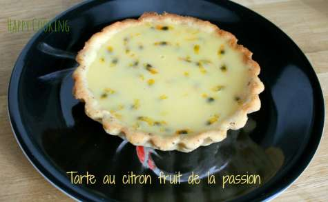 Tarte acidulée aux fruits de la passion