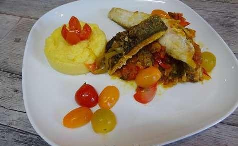 Filets de mulet aux poivrons et aux épices safranées