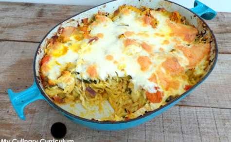 Gratin gourmand au poulet, curry, pâtes risetti, légumes du soleil et mozzarella