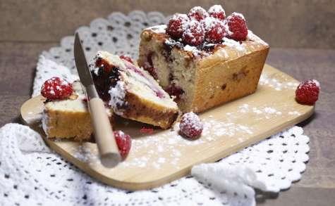 Cake très coco et framboises