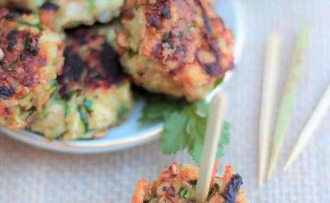 Petites boulettes croustillantes de courgette à la coriandre