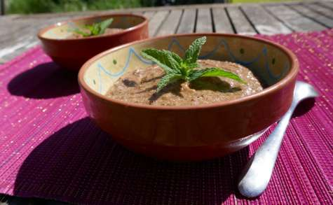 Mousse vegan au chocolat, mangue et banane