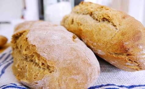 Comment faire vous-même votre pain au levain bio cuit au fourchez vous