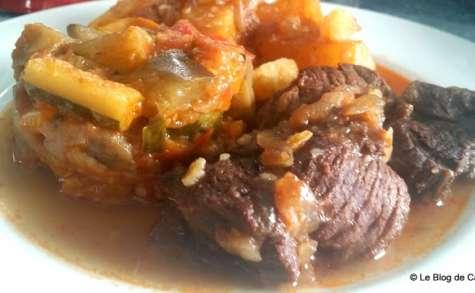 Bœuf bourguignon aux oignons et pommes de terre