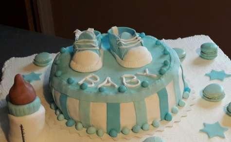 Gâteau réalisé pour un baby shower avec du curd framboise