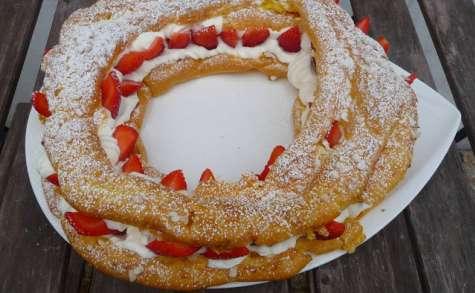 Couronne de fraises à la chantilly