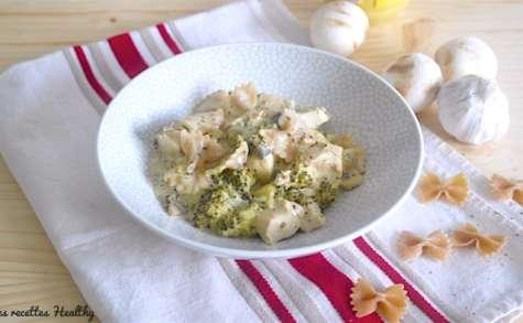 Poulet à la crème de champignon et pâte complète