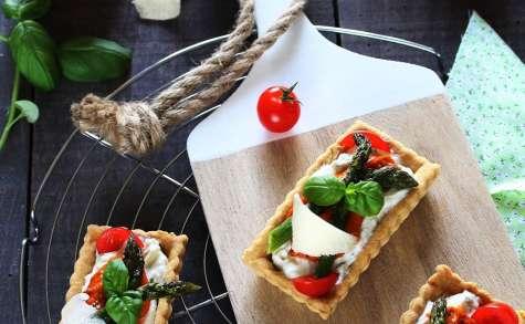 Tartelettes chaud-froid aux Asperges & Pesto rouge