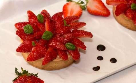 Tartelettes aux fraises, infusion au basilic