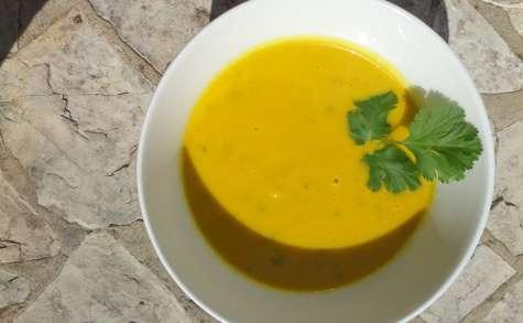 Soupe thaï épicée carotte et coriandre