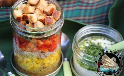 Salade pique-nique quinoa, crudités, thon et croûtons chèvre Tipiak