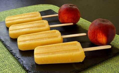 Esquimaux ou popsicles pêche et ananas