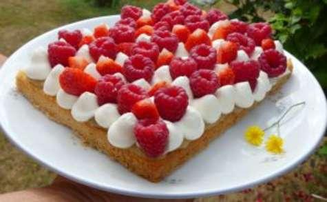 Tarte fraise, framboise rhubarbe