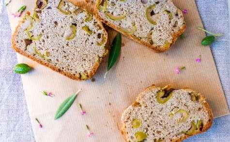 Cake salé aux olives et graines de fenouil