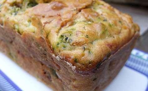 Cake au brocoli et jambon cru