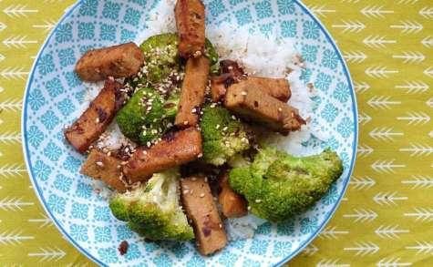 Tofu grillé brocolis et sésame