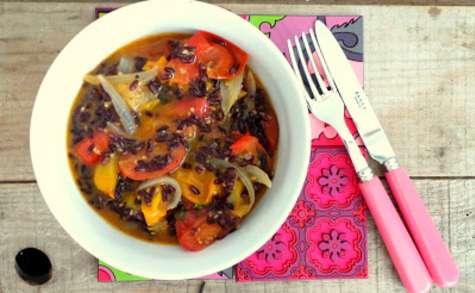 Poêlée de tomates cerises au riz noir
