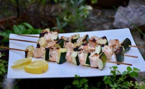 Brochettes de saumon et courgettes