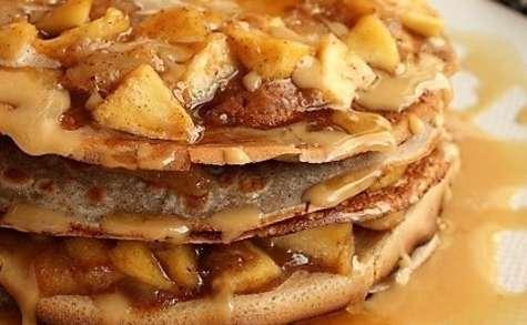 Gâteau de crêpes aux pommes et poires