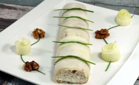 Roulé concombre, bacon, chèvre et miel