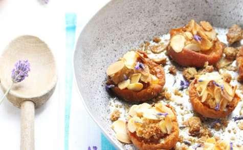 Abricots rôtis aux amandes et lavande