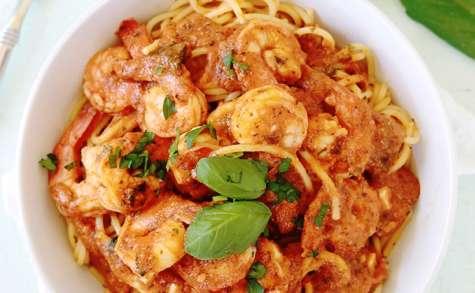 Spaghetti aux crevettes sauce tomate