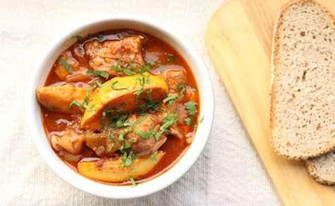 Ragoût de veau aux tomates et aux coings